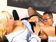 Big-titted pornstar pleases a smart guy and eats cum