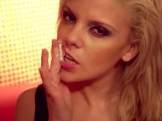 Flexible Squirting Teen Blondie Jilling Off